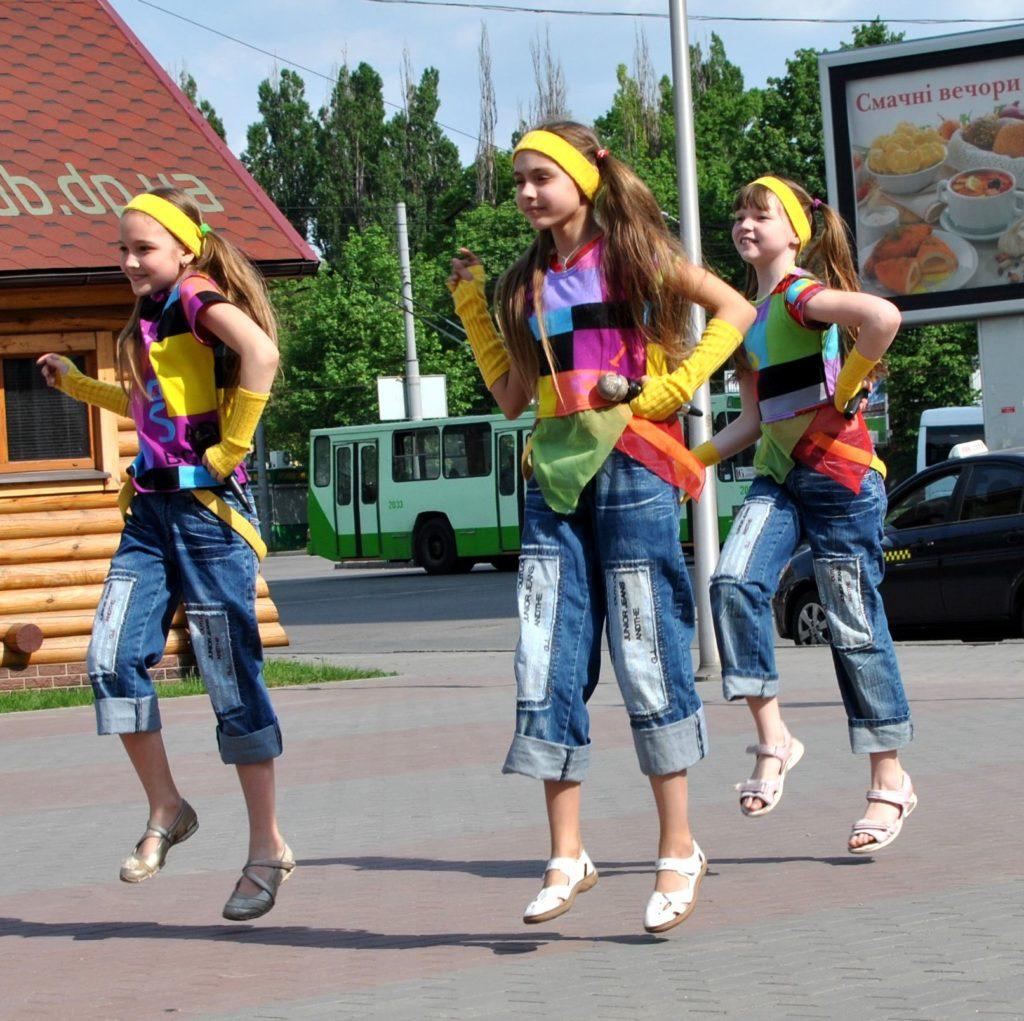 """Детский музыкальный театр """"Волшебный мост"""" Днепропетровск"""